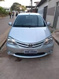 Toyota Etios 1.3 XS 2013 com direção elétrica! - 2013