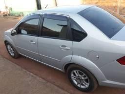Fiesta sedan 1.6 completo muito novo - 2009