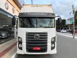 Caminhão Volkswagen 24-280 E Constel. 6x2 2p (diesel) BAÚ 76M3 - 2014