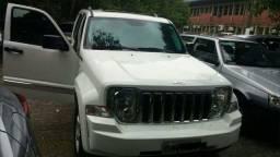 Jeep Cherokee branca Limited