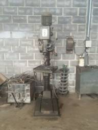 Furadeira Industrial de coluna