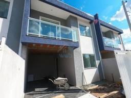 Lindo Sobrado à venda com 03 quartos, bem localizado no bairro novo A, no Sitio Cercado, e