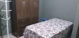 Aluga-se quarto mobiliado para mulher/moça próximo a FTC e UFRB