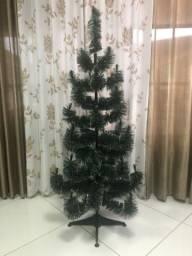 Vendo árvore de natal