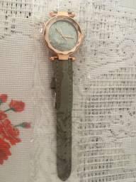 Relógio Fem. na Embalagem