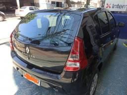 Renault Sandero 2013 - Ótimo Estado - Completo