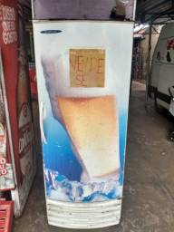 Freezer e caixa