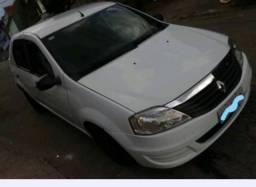 Renault Logan 1.0 2012