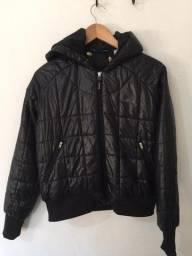 Título do anúncio: Jaqueta rebook preta com capuz