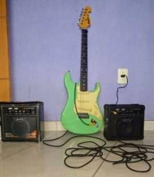 Guitarra Memphis e Amplificador.