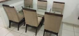Mesa c/ 6 Cadeiras - Super conservada