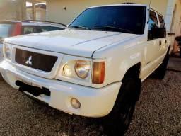 L200 GL 2006/2007 com 91MIL KM
