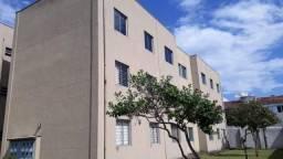 Apartamento com 3 dormitórios para alugar, 76 m² por R$ 1.000,00/mês - Xaxim - Curitiba/PR