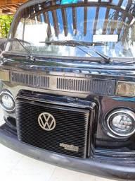 Vendo ou troco Kombi turbo diesel furgao 1983