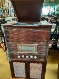 Radiola antiga Decorativa R$ 2.500,00