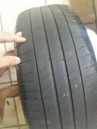 2 pneus Michelin  205.55.16 serve Honda corola etc