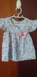 Vestidinho de 3 a 6 meses