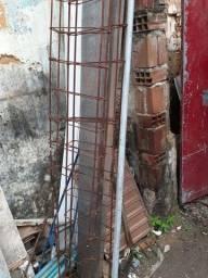 Coluna esqueleto de ferro.3,80 de altura 33x7