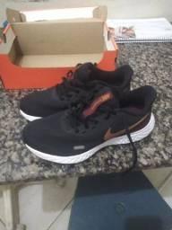 Tênis Nike revolution infantil 36 ORiGINAL