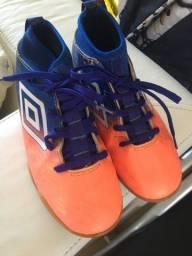 Chuteira Futsal Umbro 32