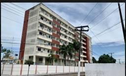 Aluga-se Apartamento na Av.Francisco Soares - J. Marco Zero