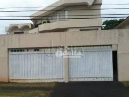 Título do anúncio: Casa com 5 dormitórios à venda, 890 m² por R$ 4.500.000,00 - Morada da Colina - Uberlândia