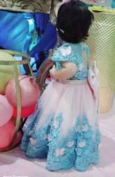 Alugo vestido de vesta infantil