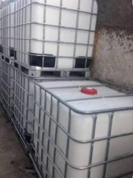 Container 1000L