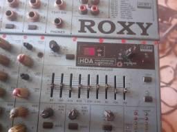 Vendo essa mesa de audio muito boa