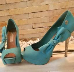Sapato Carmen Steffens R$ 100