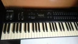 Teclado sintetizador Alesis QS6