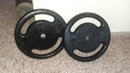 2 anilhas vasadas de 15 kilos cada 160 reais