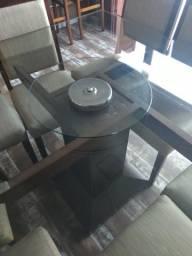 Venda de conjunto: mesa e cadeira