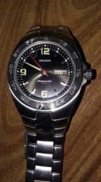 Relógio Orient Original usado 3 x funcionando Perfeitamente. Prova d' água