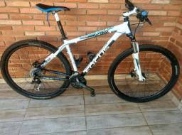 Bicicleta Focus Black Forest 29r
