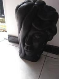 Vendo 2 estátuas