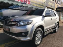 Toyota Hilux SW4 2.7 Flex Prata, 5 Lugares, Conservadíssima - 2012