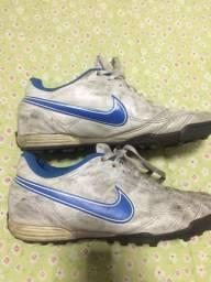 Vendo chuteira Nike 39