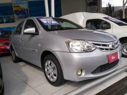 Toyota etios sedan 1.5x flex completo - 2014