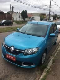 Renault Sandero impecável - 2015