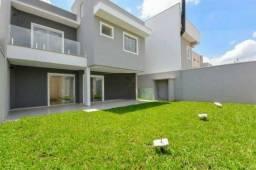 Residência nova em condomínio fechado de Alto Padrão em São Jose dos Pinhais