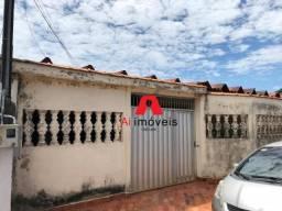 Casa de 3 quartos no Conjunto Tucumã