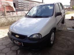 GM - Corsa Wind 1.0 4 Portas - 2001