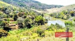 Sítio em Areal com acesso para represa