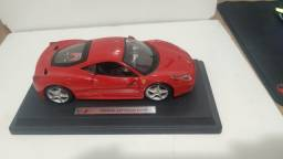 Vendo modelo de Ferrari 458 Itália