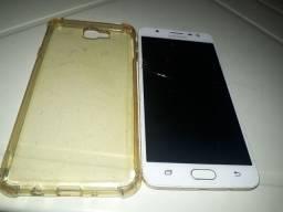 Samsung galaxy j7 prime tricado e com a tela preta.