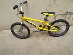 Bicicleta Alfameq aro 20