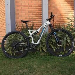 Bicicleta Specialized tamanho 17