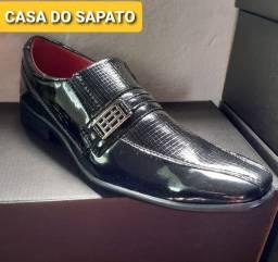Sapato social elegância e qualidade ATACADO E VAREJO veniz e couro legítimo