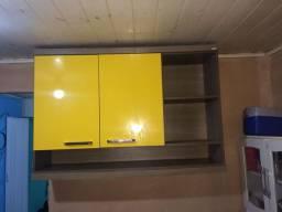 Armário aerio grande amarelo